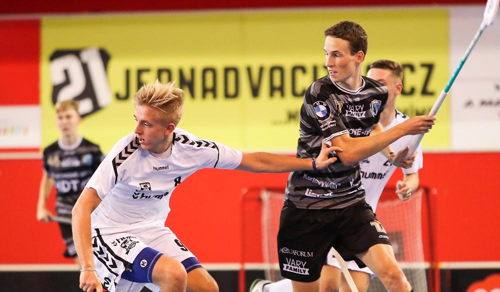 <p>Souboj o 3. místo a finálový duel kategorie Junior budete moci sledovat na klubovém instagramu ACEMA Sparta Praha</p> <p>IG profil: acema_sparta_praha</p>